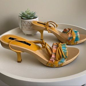 Laundry by Shelli Segal Wooden Sandals Sz 6.5